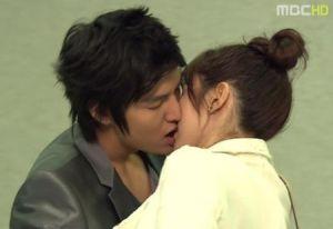 Personal-Taste-Kissing-Scene
