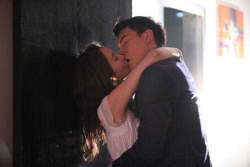 adegan ciuman dating byrå Cyrano
